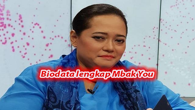 Biodata lengkap Mbak You, Peramal Jokowi Yang Viral